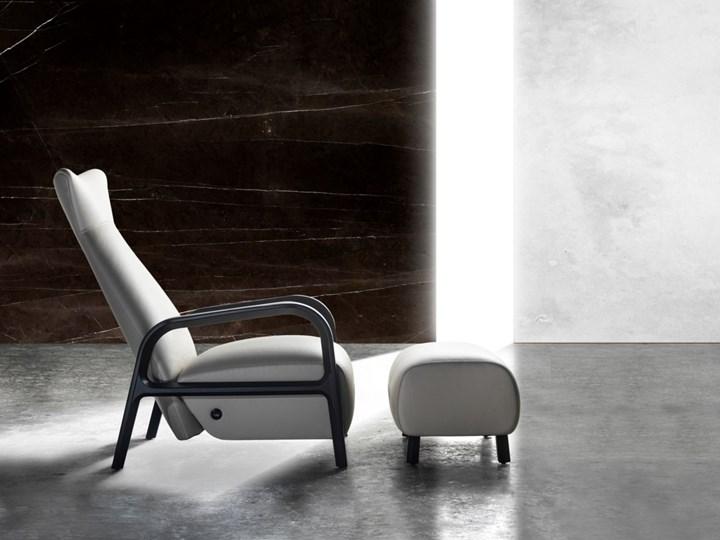 Кресло Laku Selva было создано к 50-летнему юбилею компании