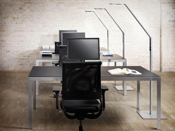 Светильники Luctra в отличие от требуемых 500 люкс, обеспечивают яркость рабочей поверхности 800 люкс, тем самым обеспечивая приятные условия освещения даже для сложных визуальных задач